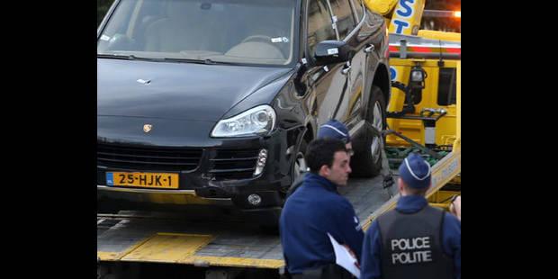 La police de la zone Midi tire sur le conducteur d'une Porsche volée - La DH