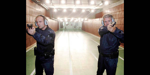 Les policiers enfin formés chez nous ! - La DH