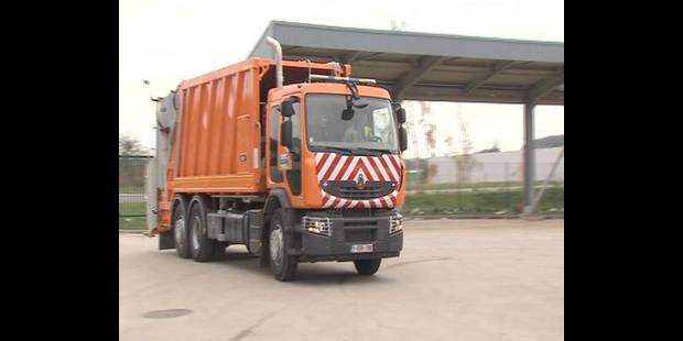 Nouveaux camions poubelles hybrides - La DH