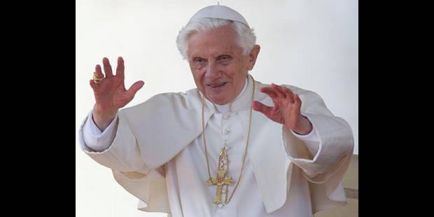 Le pape se met à Twitter ! - La DH