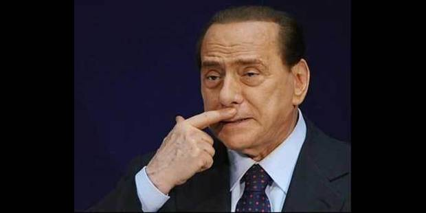 Condamné à 4 ans de prison, Berlusconi n'en fera qu'un - La DH