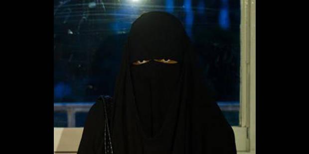 La version des faits de la femme au niqab - La DH