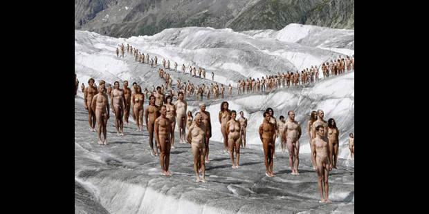 Une société cherche 50 personnes pour se dénuder - La DH