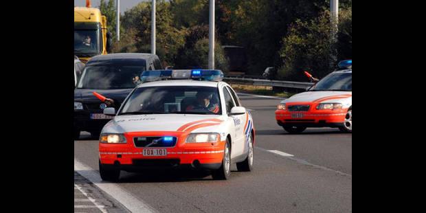 La police ouvre le feu sur l'autoroute - La DH