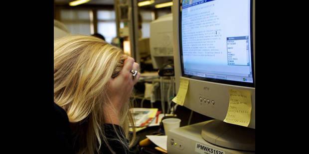 Chez les fonctionnaires, trop travailler double le risque de dépression - La DH