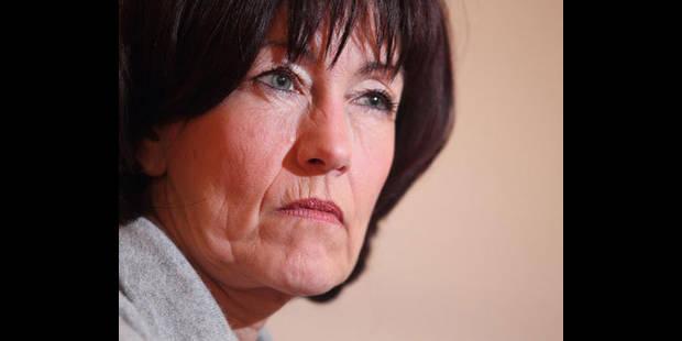 Laurette Onkelinx ne pourra pas débattre avec Mgr Léonard - La DH