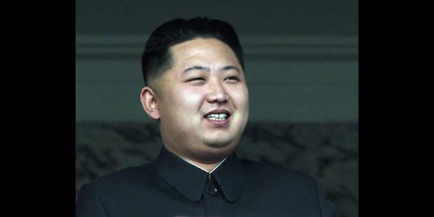 La Corée du Nord intronise son nouveau chef devant une foule de militaires - La DH
