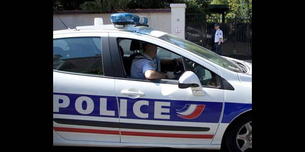 Une fillette de 8 ans tuée par une camionnette de gendarmerie - La DH