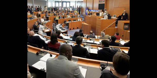 Le parlement flamand organise des cours de français pour ses députés - La DH