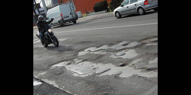 Les routes transformées en gruyère - La DH