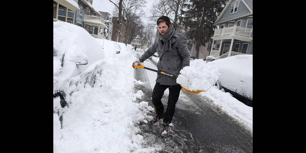 Lente reprise des transports aux Etats-Unis, la tempête faiblit au Canada - La DH