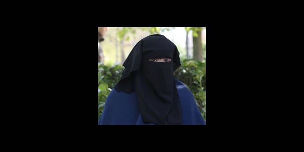 Pas de législation européenne sur le port de la burqa - La DH