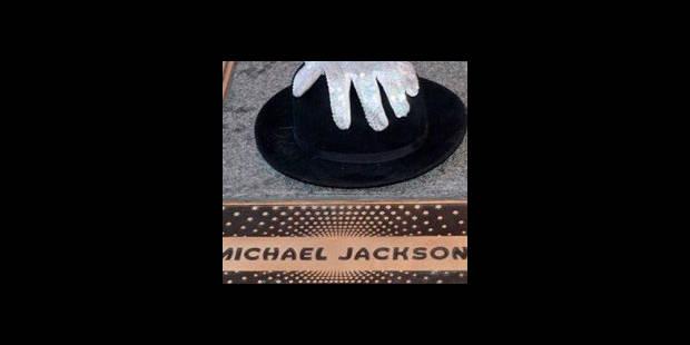 Le père de Michael Jackson dépose une plainte contre le médecin de la star - La DH