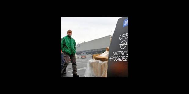Opel Anvers: ouvriers et employés s'expriment sur le plan social - La DH