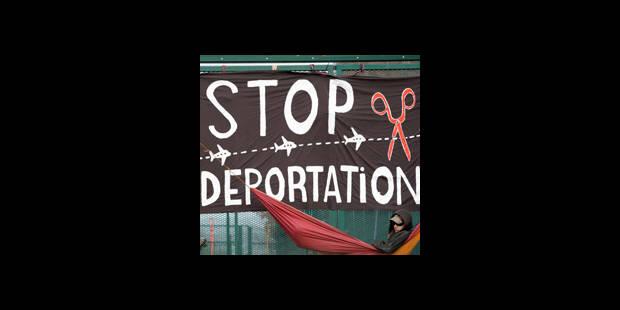 Manifestation contre les centre fermé à Vottem - La DH
