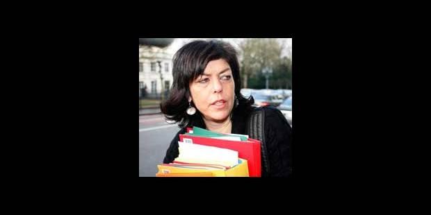 Joëlle Milquet veut lier aide fiscale et emploi - La DH