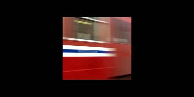 Un train brûle un feu rouge à la gare de Vilvorde - La DH