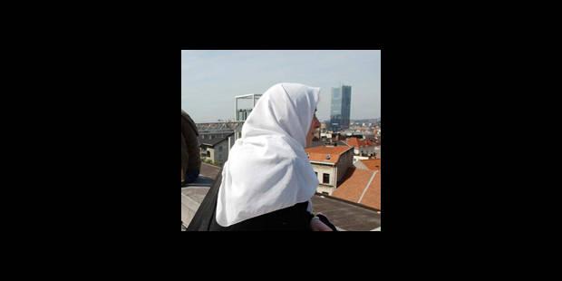 Signes religieux : Namur crée un groupe de travail - La DH