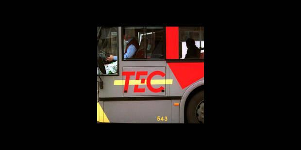 Un mort dans une collision entre un bus et une voiture à Eghezée - La DH
