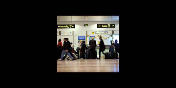 Un intrus à Brussels Airport - La DH