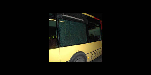 Tirs contre un bus Tec - La DH