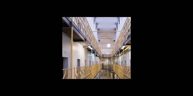 Suicide en prison - La DH