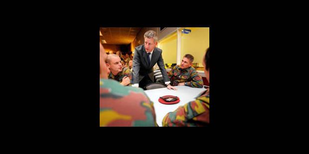 La Défense revoit l'interdiction d'alcool pour les soldats à l'étranger - La DH