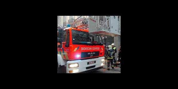 Au feu,  les pompiers... - La DH