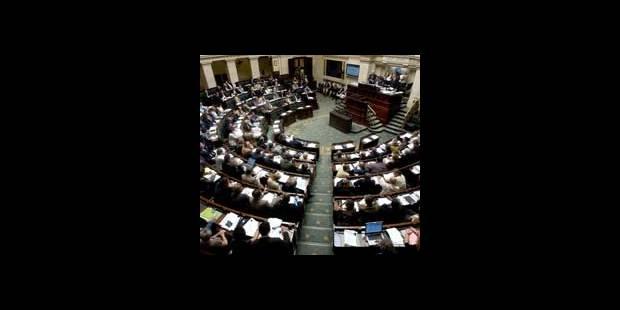 La dotation du FN suspendue pour quatre mois - La DH