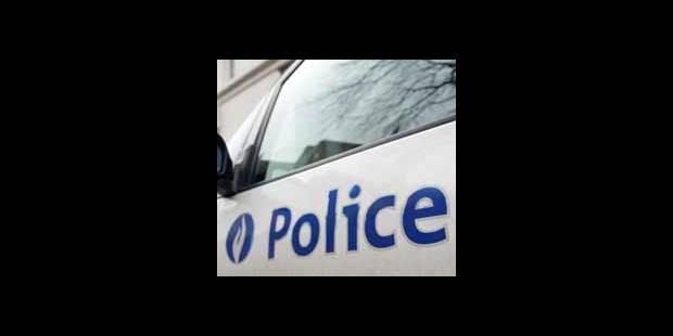 Connu pour 40 faits et engagé à la police - La DH