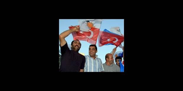Large victoire pour le parti au pouvoir aux législatives - La DH