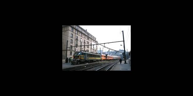 Traffic rétabli dans les deux sens à Schuman - La DH