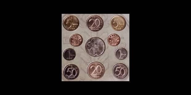 Malgré un an d'€, le franc n'est pas mort - La DH