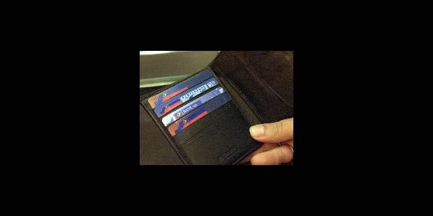 Un programme capable de produire de fausses cartes bleues - La DH