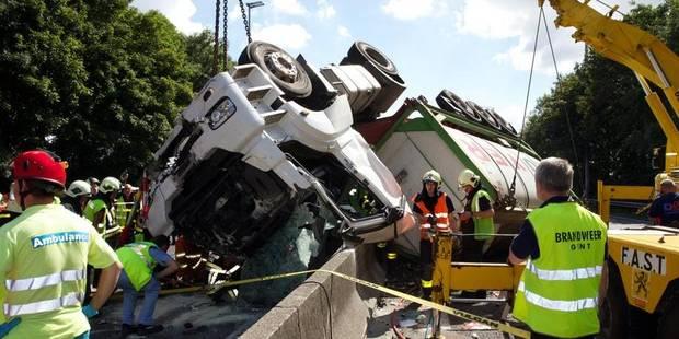 Gros accident sur la E40 à Nevele - La DH