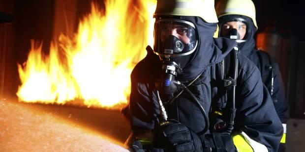 Etats-Unis: 5 blessés, 1.800 évacuations dans un incendie en Californie - La DH