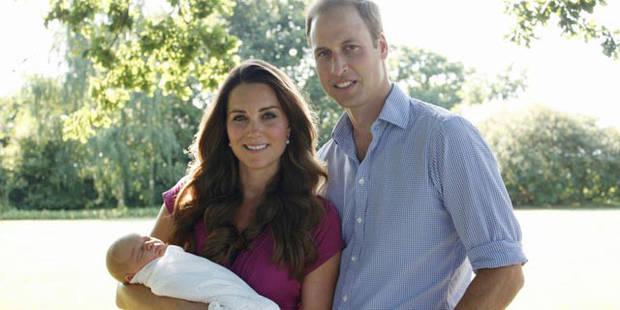 Les premièrs clichés officiels du prince George pris par papy Middleton - La DH