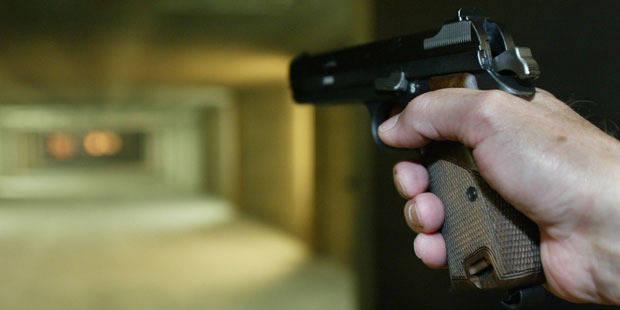 Une arme d'un commissariat d'Anvers retrouvée chez un truand - La DH