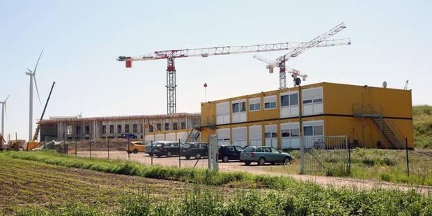 Visite surprise sur le chantier de la prison - La DH