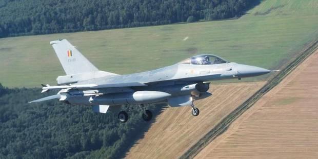 """Les vieux F-16 """"bientôt"""" remplacés par des F-35 - La DH"""