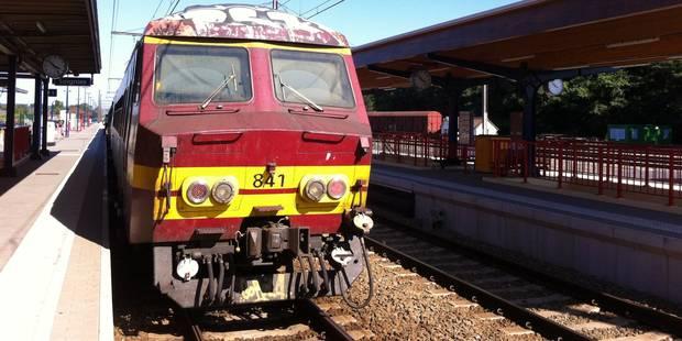La circulation des trains interrompue entre Bruxelles et Nivelles - La DH
