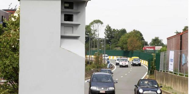 Bruxelles: un conducteur sans permis flashé à 124 km/h au lieu de 50 - La DH