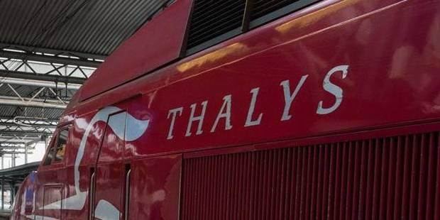 Il menace le contrôleur puis saute du Thalys - La DH