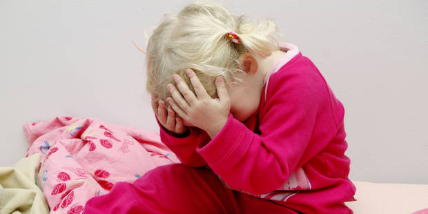 Décès d'une fillette de 20 mois: le beau-père inculpé - La DH
