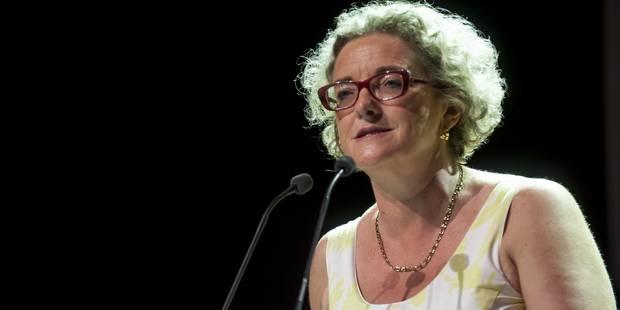 Mme De Coninck veut s'attaquer au tabou de l'évolution salariale - La DH