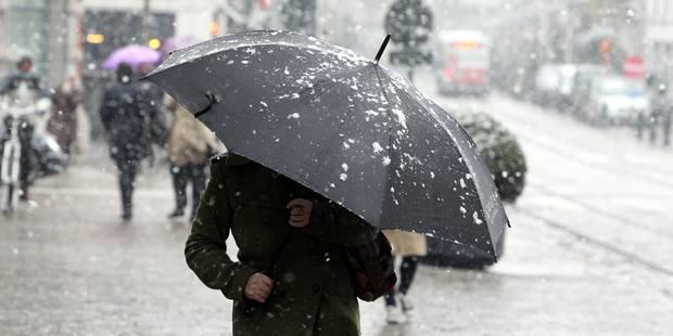 La neige commence à tomber dans le sud du pays, vigilance sur les routes - La DH