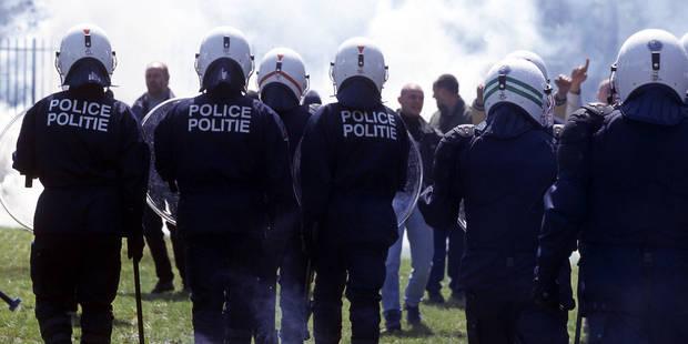 La police de Bruxelles conteste toute violence commise sur un adolescent - La DH