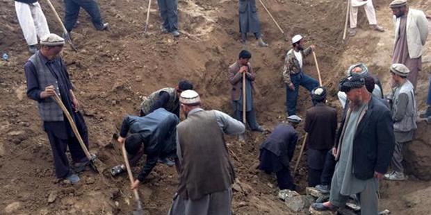 Glissement de terrain en Afghanistan: 2500 morts au total? - La DH