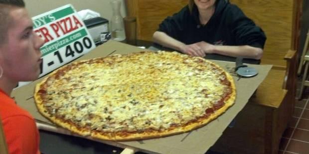 Condamné pour avoir fait livrer des dizaines de pizzas chez son ex - La DH