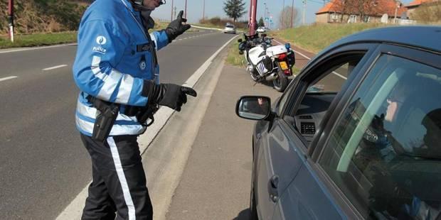 Un conducteur armé fonce sur un policier à Charleroi - La DH